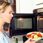 این غذاها را در ماکروویو گرم نکنید
