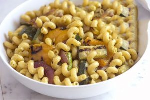 روش تهیه ماکارونی با سبزیجات کبابی
